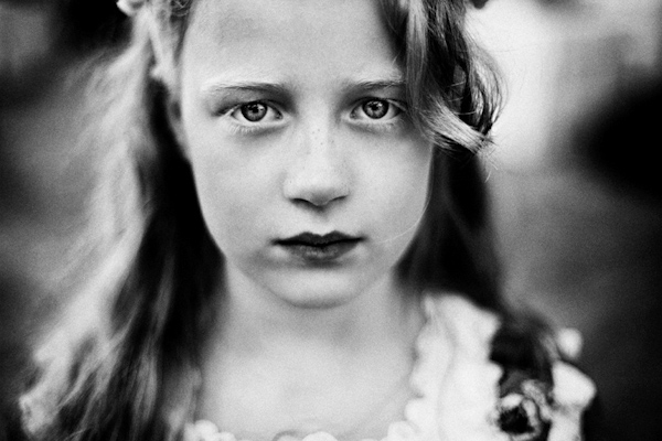 wedding portrait of little girl by Susana Barbera of Love Photography | via junebugweddings.com
