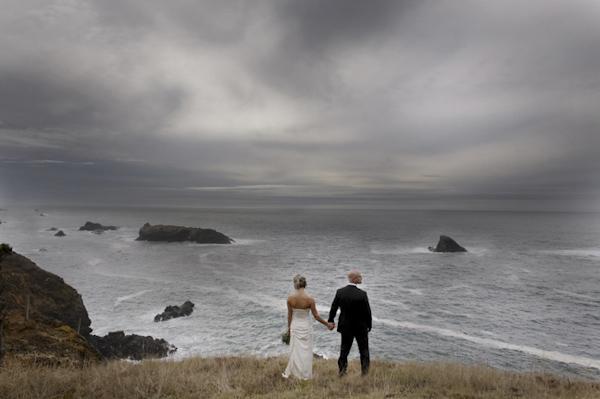 wedding photo by Michele M. Waite, Seattle, Washington wedding photographer   via junebugweddings.com