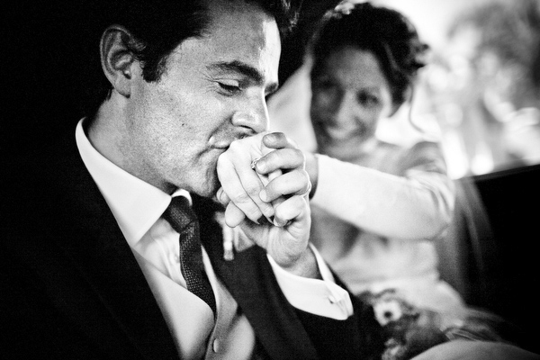 wedding photo by Twin Lens, New Mexico wedding photographers | via junebugweddings.com