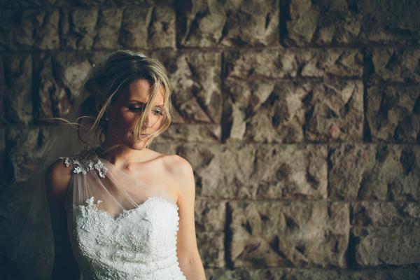 bridal portrait by Liam Crawley of CG Weddings | via junebugweddings.com