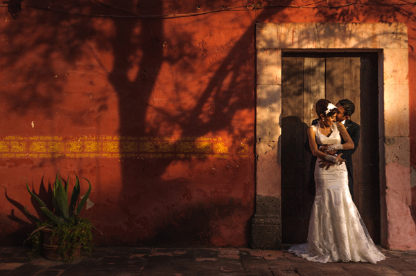 gorgeous sunlit wedding photo by Daniel Diaz Photography - Mexico wedding photographer | via junebugweddings.com