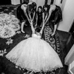 That's Hilarious! Funny Wedding Photos by Junebug Photographers