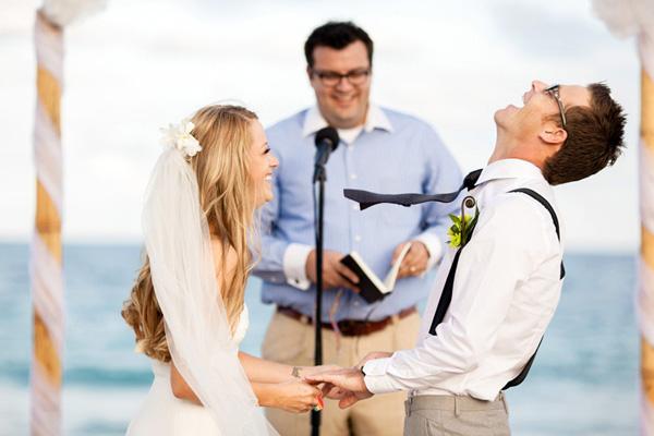 wedding ceremony photo by Elaine Palladino Photography | via junebugweddings.com