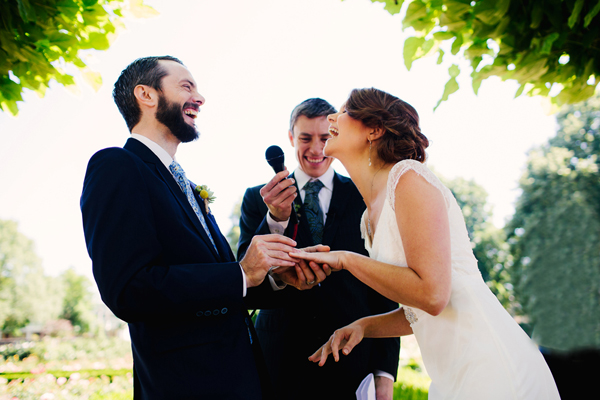 wedding ceremony photo by Lindsay Stark of Stark Photography | via junebugweddings.com