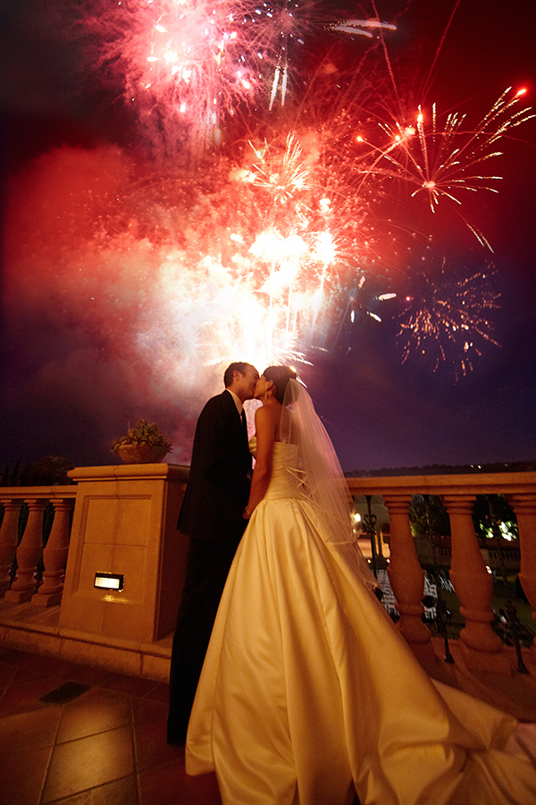 fireworks photo by Barnett Photographics  | via junebugweddings.com
