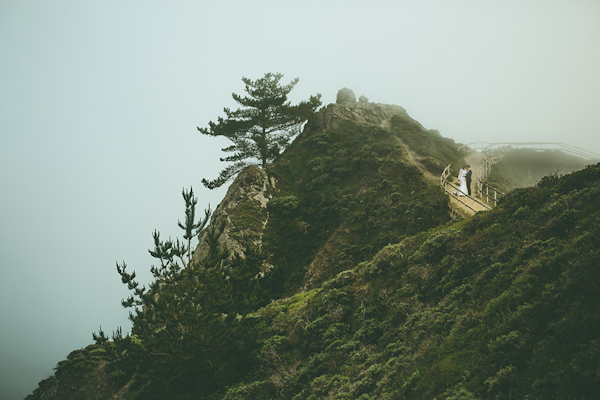clifftop wedding portraits above Muir Beach, California from Kris Holland Photography | via junebugweddings.com