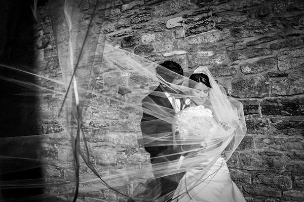 photo by Avant Garde Studio - Montreal wedding photographer | via junebugweddings.com