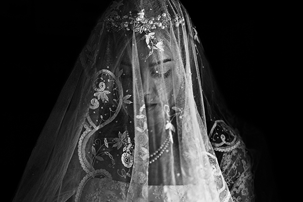 photo by York Place Studios - UK wedding photographer | via junebugweddings.com