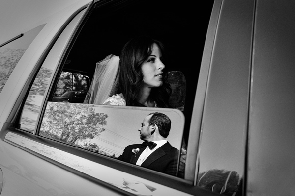 wedding photo by Avant Garde Studio | via junebugweddings.com