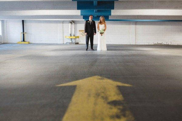 Glamorous-Millenium-Centre-Wedding-Modern-Pixel-14-of-35-600x400