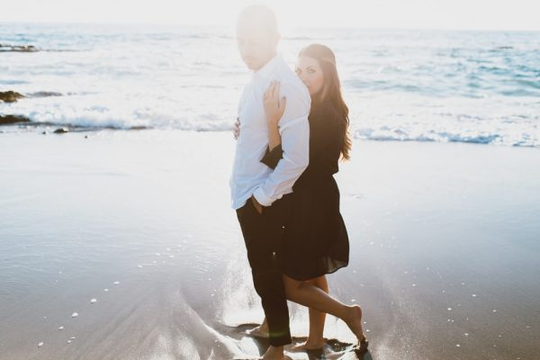 LAGUNA BEACH DESTINATION WEDDING-60-w1000_h666