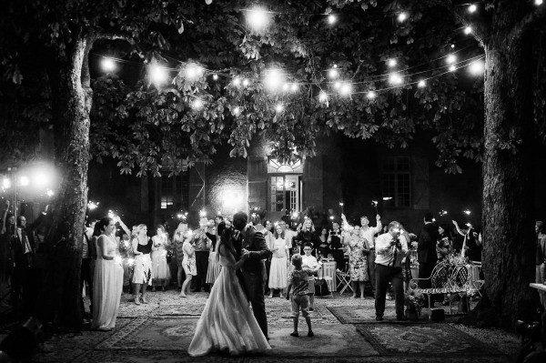 Relaxed-French-Wedding-Chateau-Lartigolle-WhiteSmoke-Studio-31-of-32-600x399
