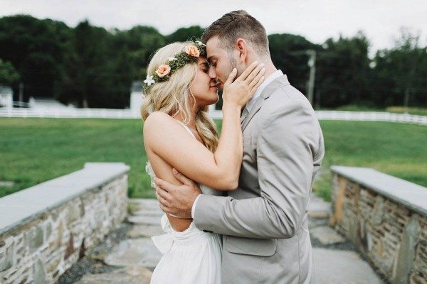 Romantic-Bohemian-Wedding-Friedman-Farms-With-Love-and-Embers-29-of-40-600x400