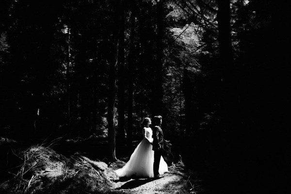 Timeless-Wedding-LeMay-Car-Museum-Ryan-Flynn-14-of-31-600x400