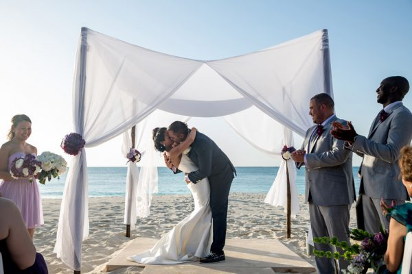 grace_bay_club_turks_and_caicos_wedding_by_apertura_0038