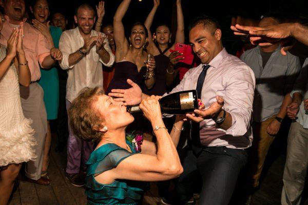 grace_bay_club_turks_and_caicos_wedding_by_apertura_0052
