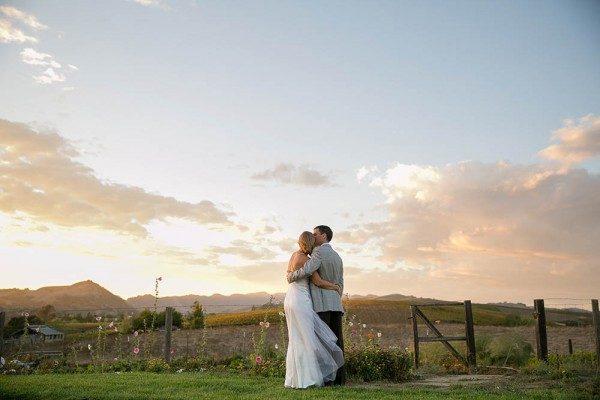 Breezy-Napa-Valley-Wedding-The-Carneros-Inn-Larissa-Cleveland-24-of-27-600x400