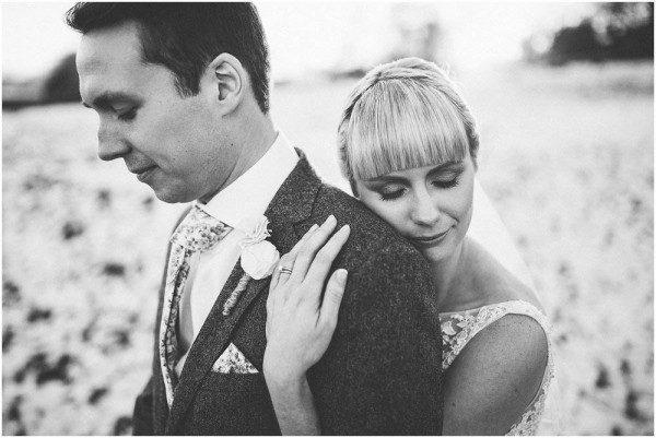 DIY-English-Countryside-Wedding-The-Crawleys-25-of-32-600x401