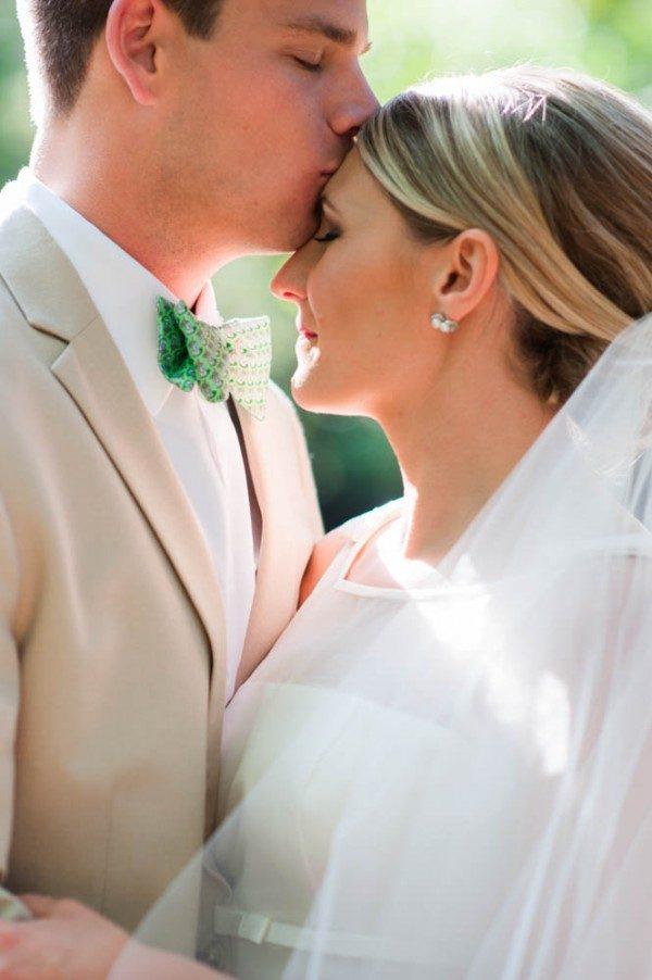 Kentucky-Derby-Inspired-Wedding-Chastain-Horse-Park-Tessa-Marie-13-of-27-600x902