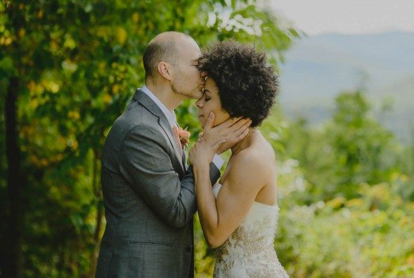 Rustic-Peach-Wedding-Onteora-Mountain-House-Ryan-Brenizer-Tatiana-Breslow-7-of-40-600x403
