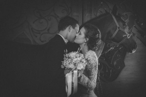 DT-Studio-Couple-Portraiture-Croatia-Junebug-Weddings-7