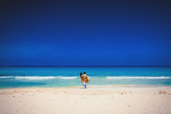 Destination-Wedding-Cancun-Callaway-Gable-Junebug-Weddings-19