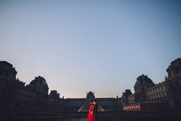 Parisian-Anniversary-Shoot-Alessandro-Veronica-Junebug-Weddings-11