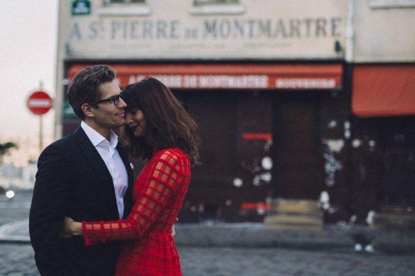 Parisian-Anniversary-Shoot-Alessandro-Veronica-Junebug-Weddings-24