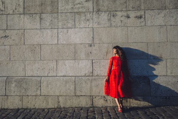 Parisian-Anniversary-Shoot-Alessandro-Veronica-Junebug-Weddings-40