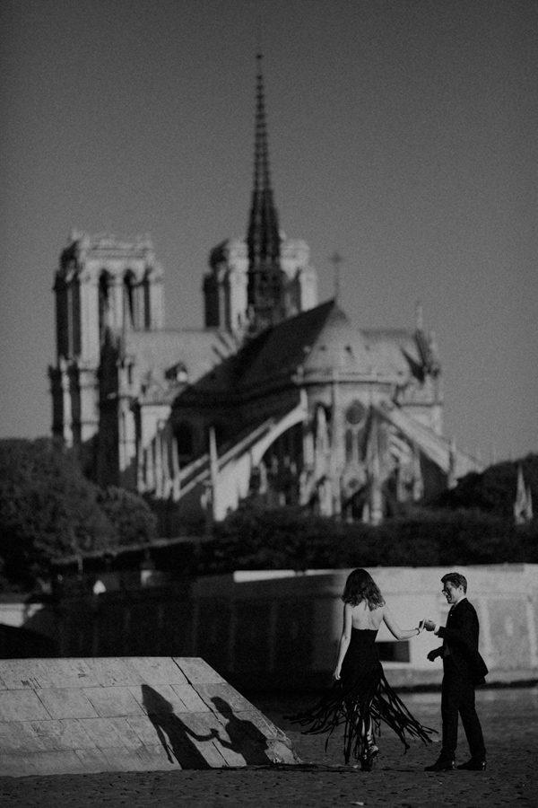 Parisian-Anniversary-Shoot-Alessandro-Veronica-Junebug-Weddings-50