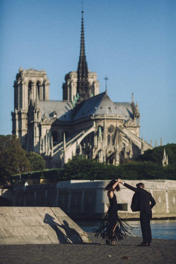 Parisian-Anniversary-Shoot-Alessandro-Veronica-Junebug-Weddings-51