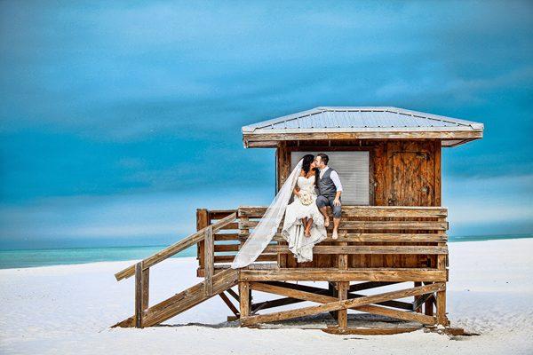 Dina-Chmut-Photographer-Spotlight-Interview-Junebug-Weddings-1