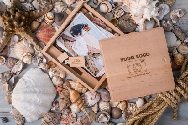 Woody-Woodclick-Premium-Photo-Packaging-Junebug-Weddings-2