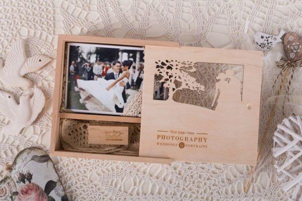 Woody-Woodclick-Premium-Photo-Packaging-Junebug-Weddings-3