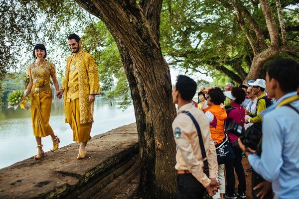 cambodian-elopement-julian-wainwright-10