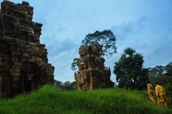cambodian-elopement-julian-wainwright-14