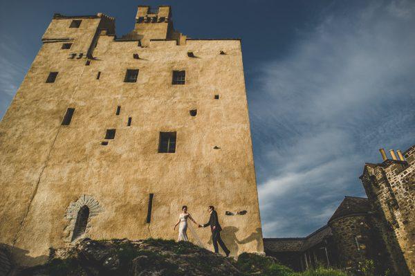 adventure-sessions-carey-nash-photography-junebug-weddings-11