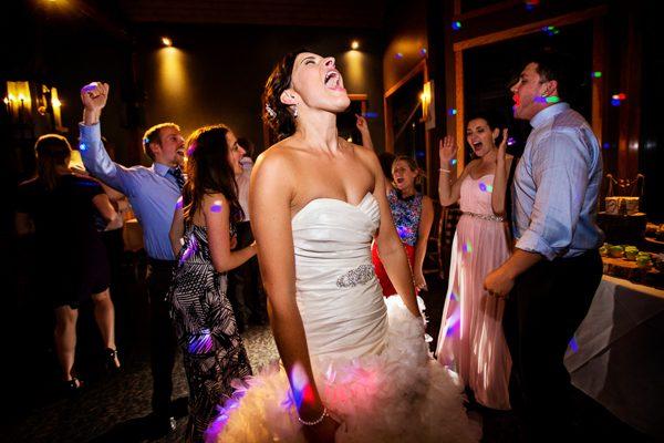 canadian-rockies-wedding-two-mann-studios-junebug-weddings-31