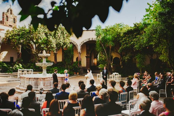 wedding-san-miguel-allende-fer-juaristi-junebug-weddings-31