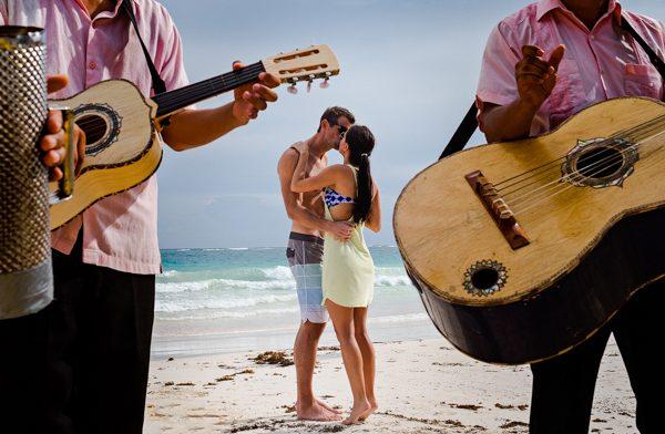 destination-wedding-mexico-cooked-photography-junebug-weddings-2