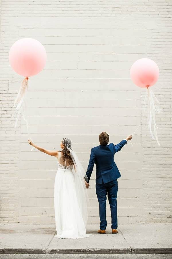 This-Downtown-Toronto-Wedding-Inspiration-Overload-Best-Way-Possible-16-600x900