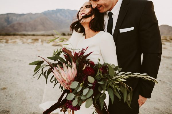 chic-palm-springs-destination-wedding-at-colony-palms-hotel-39