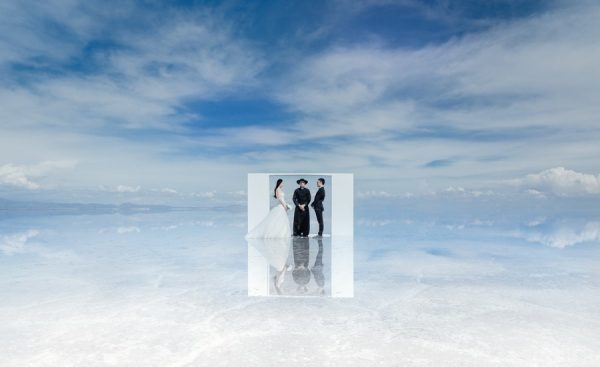 pre-wedding in bolivia, uyuni, salar desert