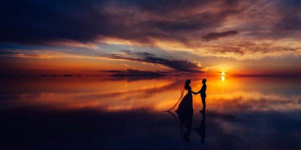 pre-wedding in bolivia, uyuni, salar desert