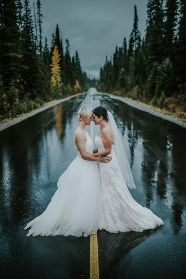 Afraid of rain check out these 29 incredible rainy wedding day photo by carey nash junglespirit Choice Image