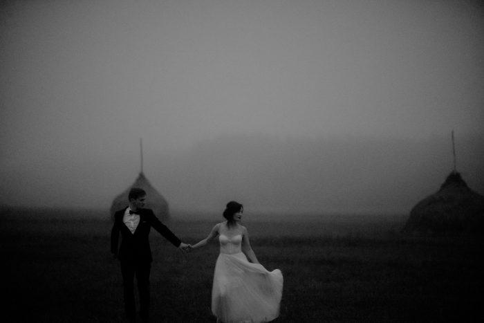gloomy storm wedding pic