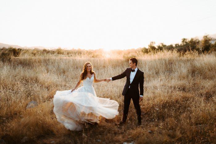 field couple movement dress