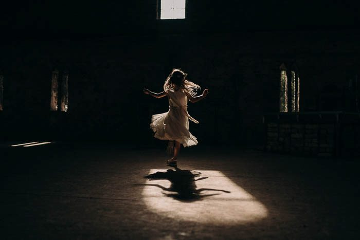 girl spinning wedding photo 2020