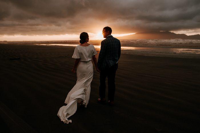 sunset wedding photo 2020 top pics