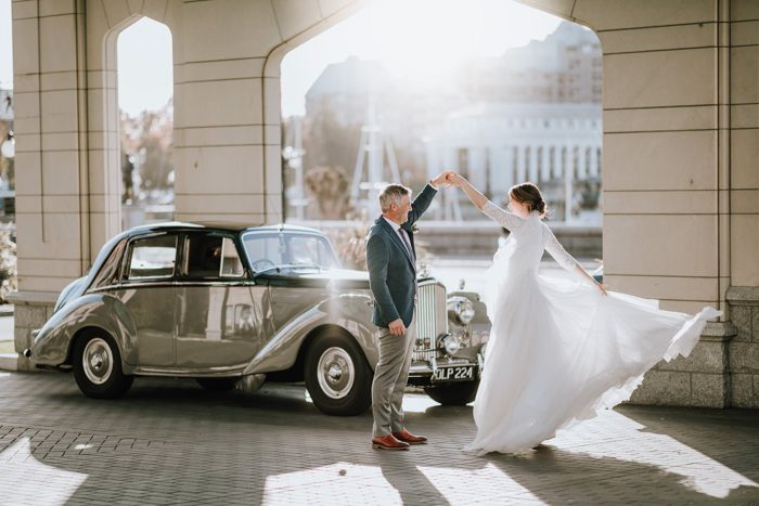 wedding portraits with retro car